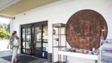 Una ciudad de EEUU emite en madera su propia moneda debido a la pandemia