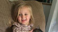 Esta niña perdió un brazo, ¡mira sus disfraces de Halloween!