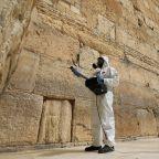 Jerusalem sanitizes stones of Western Wall amid pandemic