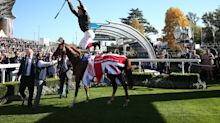 Horse Racing: Dettori ban a low note as Stradivarius hits new heights