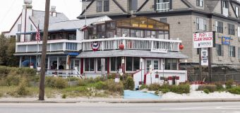 Restaurant 'famous for clams' takes them off menu