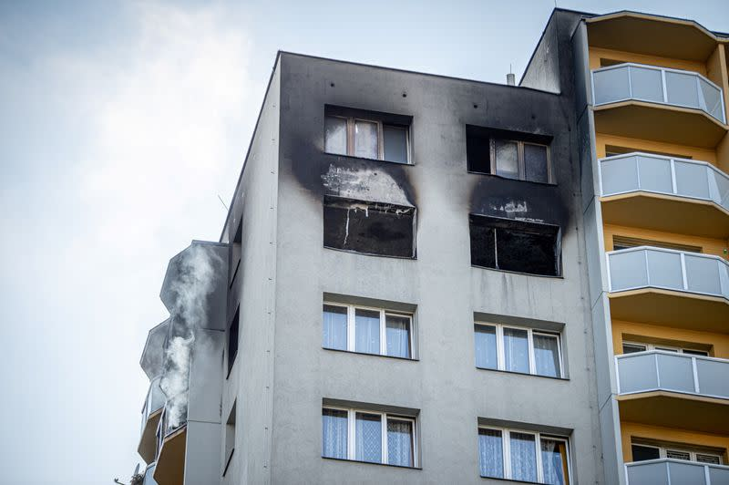 Deadly fire at Czech apartment block, arson suspected