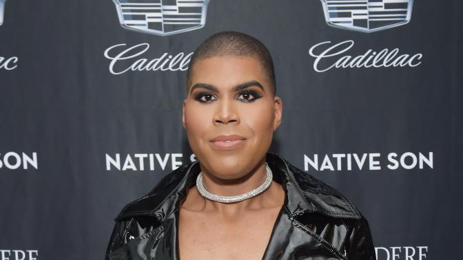 EJ Johnson, hijo de Magic Johnson, afirma que se siente bien siendo un varón, pero defiende la revolución de género con sus looks estrafalarios