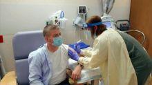 AstraZeneca retoma testes de vacina