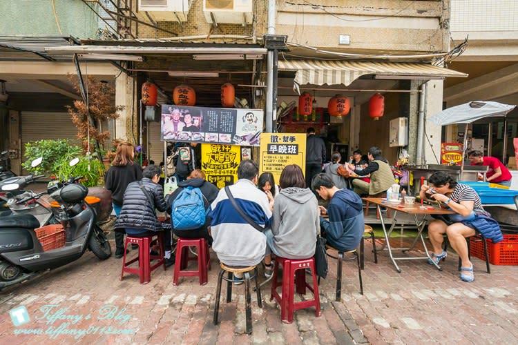 [台南美食]蔡三毛豬血攤/阿嬤碳烤三明治旁的人氣美食(附菜單)/台南中西區美食