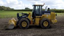 Deere Double Top Could Signal 25% Decline