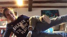 Confinement : Julie de Bona fait du sport avec son fils et c'est trop mignon (Vidéo)
