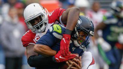 Cardinals' Jones sets sights on NFL sacks record