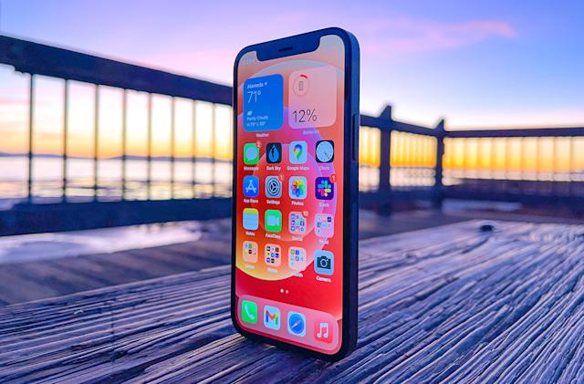 iPhone 12 mini owners report unresponsive lock screens