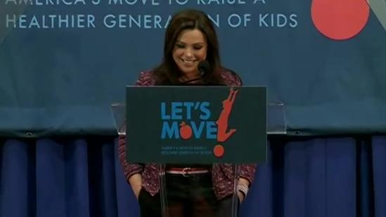Rachael Ray promotes healthy eating in Clinton
