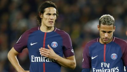 Gossip: Cavani linked with shock Premier League club