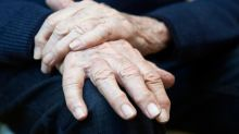 World Parkinson's Day: What are the symptoms of the disease and how can it be treated?
