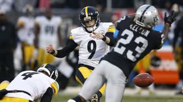 Steelers kicker slips up as Raiders pull off stunner