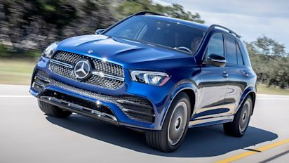 Mercedes-Benz GLE review: soccer mom soft-roader returns to rule the school run