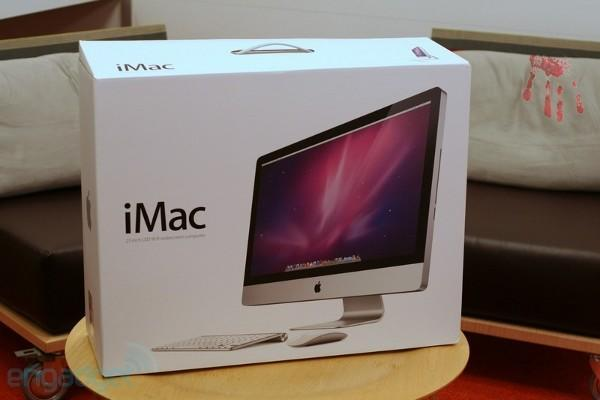 iMac frees you from the tyranny (and convenience) of servicing your own hard drives (update: not exactly a new problem)