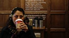 La política de baños abiertos de Starbucks podría estar perjudicando al tránsito de personas