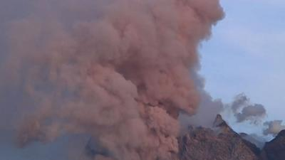 Raw: New Burst From Volcano in Indonesia