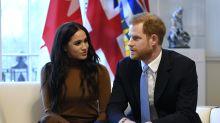 Príncipe Harry e Meghan Markle se desvinculam financeiramente da Família Real