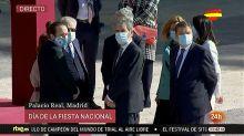 Iglesias viste una mascarilla de una marca abiertamente republicana en el acto del 12 de octubre