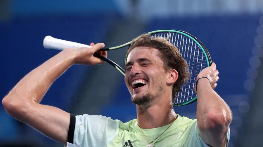 Tokyo Olympics: Alexander Zverev wins men's singles gold with straightforward victory over Karen Kachanov