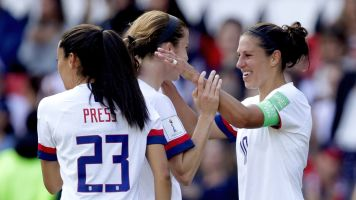 USWNT golf-claps back at celebration critics