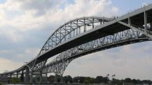 25-year-old man charged after $3.5M in cocaine seized at Blue Water Bridge