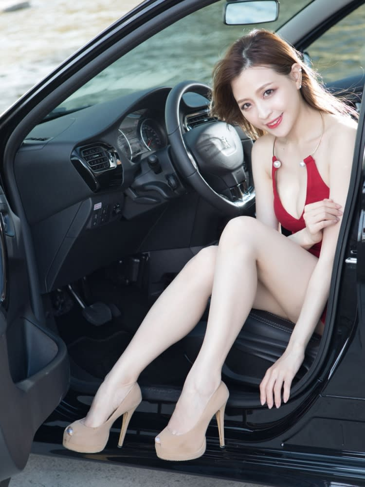 【Date With LUCY】花都情人 New Peugeot 301 1.6L VTi Active