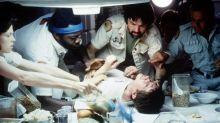 Ridley Scott revela cómo la escena del nacimiento del Alien estuvo a punto de salir fatal
