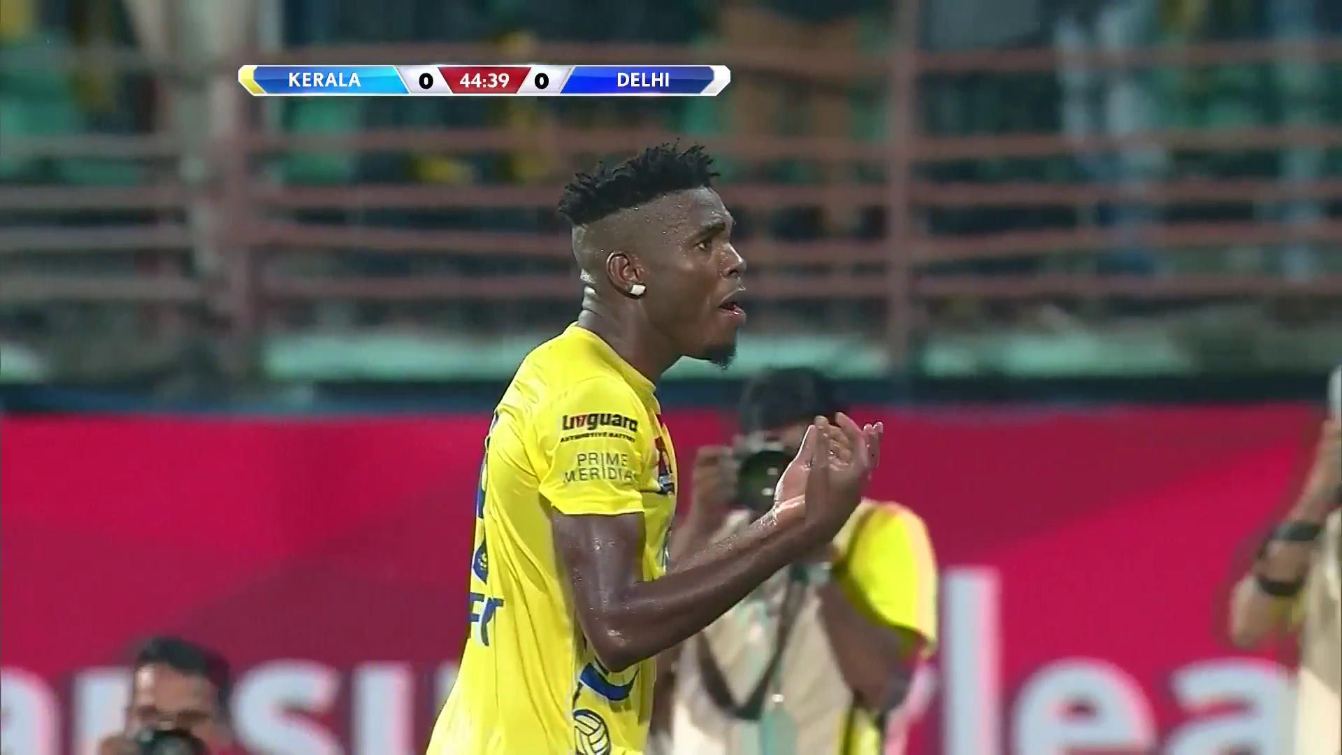 kerala blasters denied by assistant s flag video