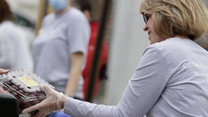 Americans put their pride aside to seek pandemic aid