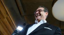 Austrian far-right kicks out scandal-hit ex-leader