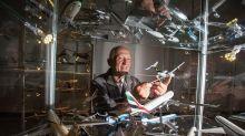 全球最強飛機迷 捐出2,300架飛機模型