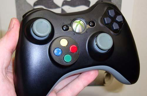 Ben Heck realigns Xbox 360 pad for improved awesomeness