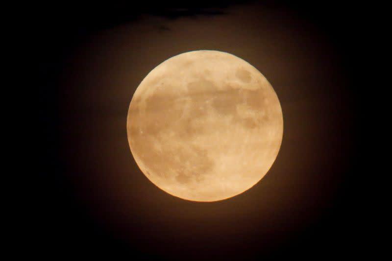 'Star Trek, not Star Wars:' NASA releases basic principles for moon exploration pact