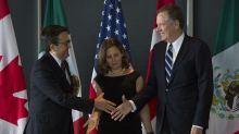 Nafta Trio to Gather in Davos as Negotiations Resume in Canada