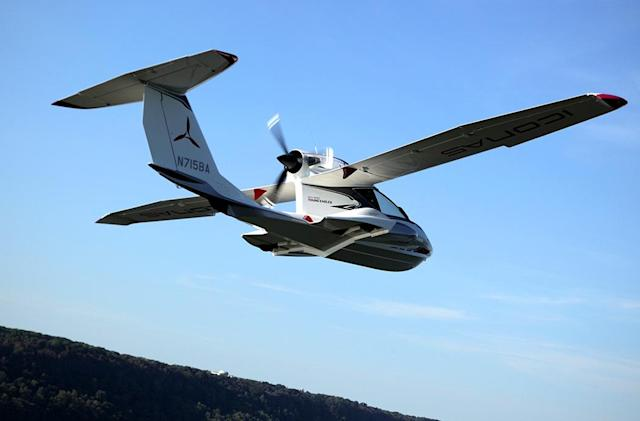 Flying the Icon A5, an almost affordable personal plane