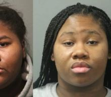 Chicago sisters accused of stabbing employee 27 times after being asked to wear a mask