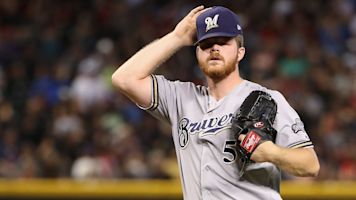 Brewers' All-Star pitcher Woodruff heading to IL