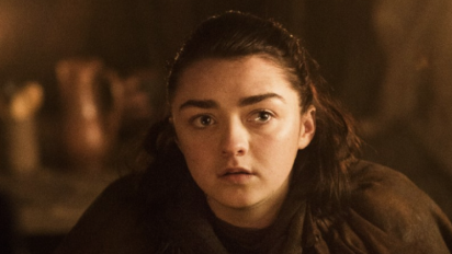 Maisie Williams teases fans with new 'GoT' details