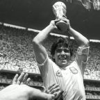 World mourns soccer great Diego Maradona