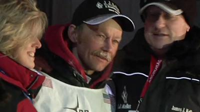 Raw: 53-year-old Becomes Oldest Iditarod Champ