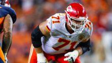Former Kansas City Chiefs offensive lineman Mitchell Schwartz shares workout video