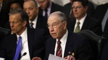 Key senator urges any wavering U.S. high court justice to retire now