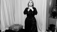 """L'imbarazzo di Adele durante lo shopping: """"La mia carta di credito è stata rifiutata"""""""