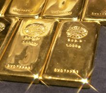 Gold prices end higher amid U.S.-China tensions, but post a weekly decline