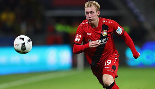 Bundesliga: Medien: Brandt mit Bayern einig - Wechsel im Sommer?
