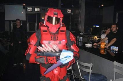 Guy in Spartan suit wins $2,000