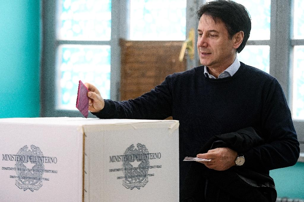The results place Prime Minister Giuseppe Conte in an increasingly difficult position (AFP Photo/Filippo MONTEFORTE)