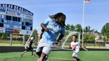 Browns' Kareem Hunt thrilled to run football camp at South, where he starred in high school
