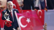 Turkey's president says country will defy economic threats